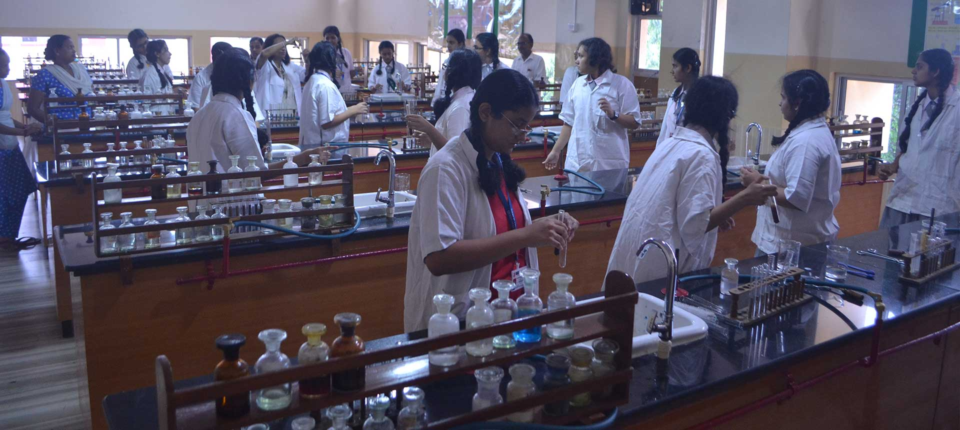 Queen Mary School Science